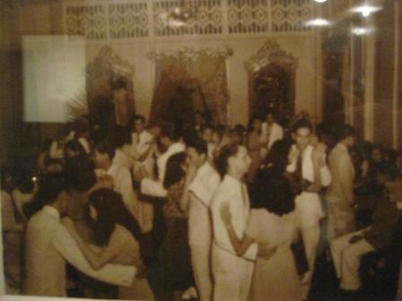 A pre-war baile
